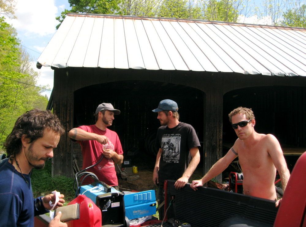 The divers at the barn